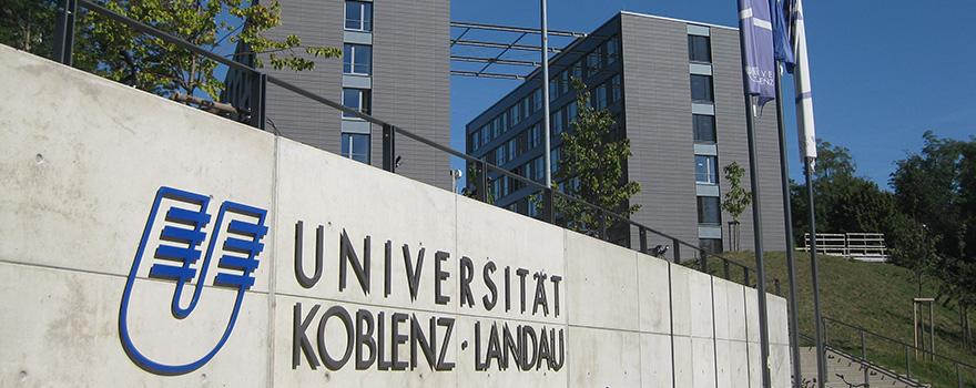 University Koblenz-Landau sign in front of buildings